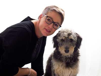 Elke Thiel mit Hund Elli
